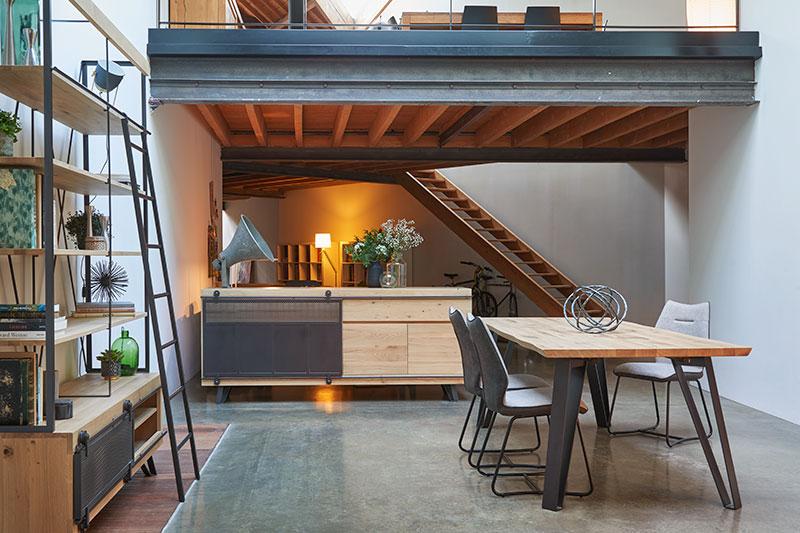 4 meubles et accessoires incontournables pour un salon à la déco indus'